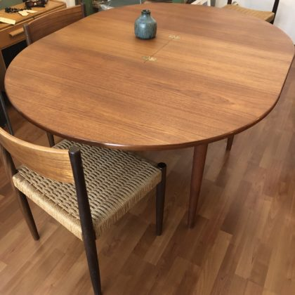 table teck scandinave ronde à rallonges
