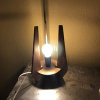petite lampe tripode bois 60'