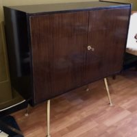 cabinet bar pieds compas laiton L90 P35 H90