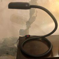 lampe serpent plastique et métal noir 70' Allemagne