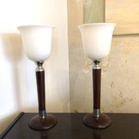 paire de lampes art déco tulipe bois et opaline 42 h diam. 16