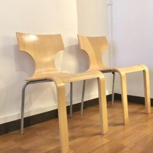 2 chaises plywood hêtre et demi piètement chrome